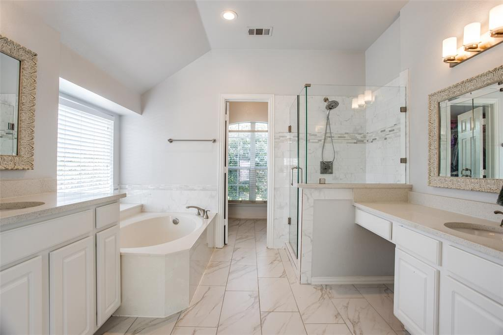 8400 Beartooth  Drive, Frisco, Texas 75036 - acquisto real estate best realtor dfw jody daley liberty high school realtor