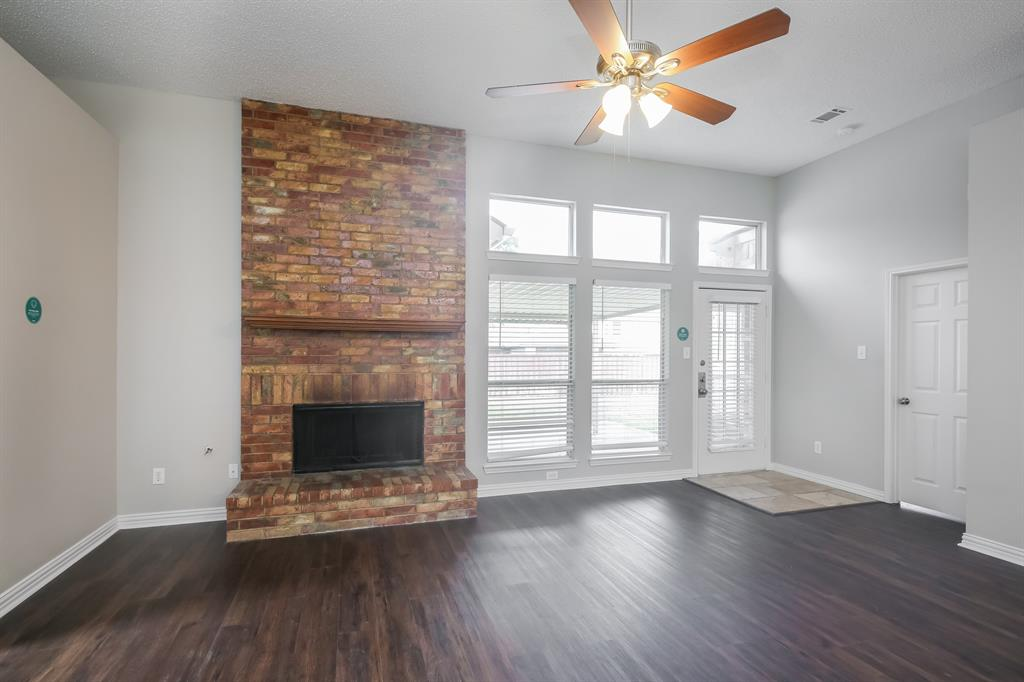 1615 Mayfair  Drive, Mesquite, Texas 75149 - acquisto real estate best the colony realtor linda miller the bridges real estate