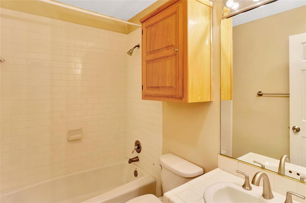 522 Yacht Club  Drive, Rockwall, Texas 75032 - acquisto real estate best luxury buyers agent in texas shana acquisto inheritance realtor