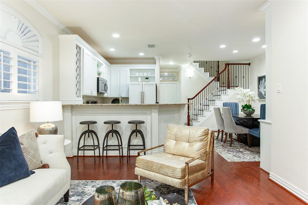 3817 Travis  Street, Dallas, Texas 75204 - acquisto real estate best highland park realtor amy gasperini fast real estate service