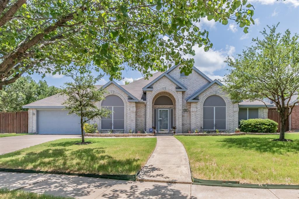201 Jaime Jack  Drive, Grand Prairie, Texas 75052 - Acquisto Real Estate best plano realtor mike Shepherd home owners association expert