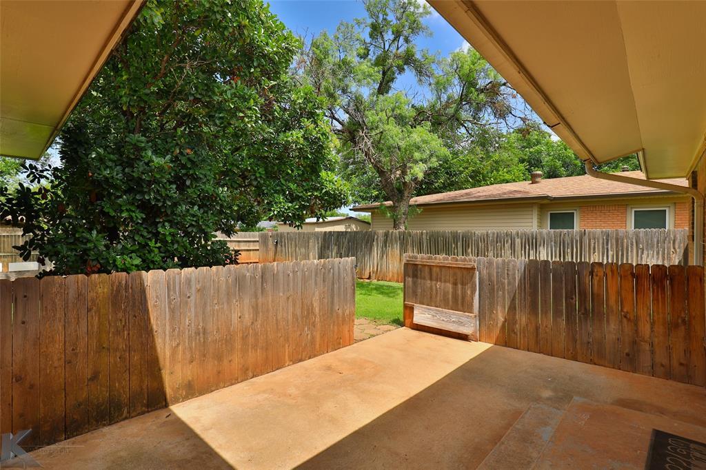 1402 Glenhaven  Drive, Abilene, Texas 79603 - acquisto real estate best looking realtor in america shana acquisto