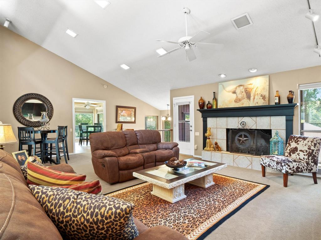 505 Oak Hollow  Lane, Fort Worth, Texas 76112 - acquisto real estate best the colony realtor linda miller the bridges real estate