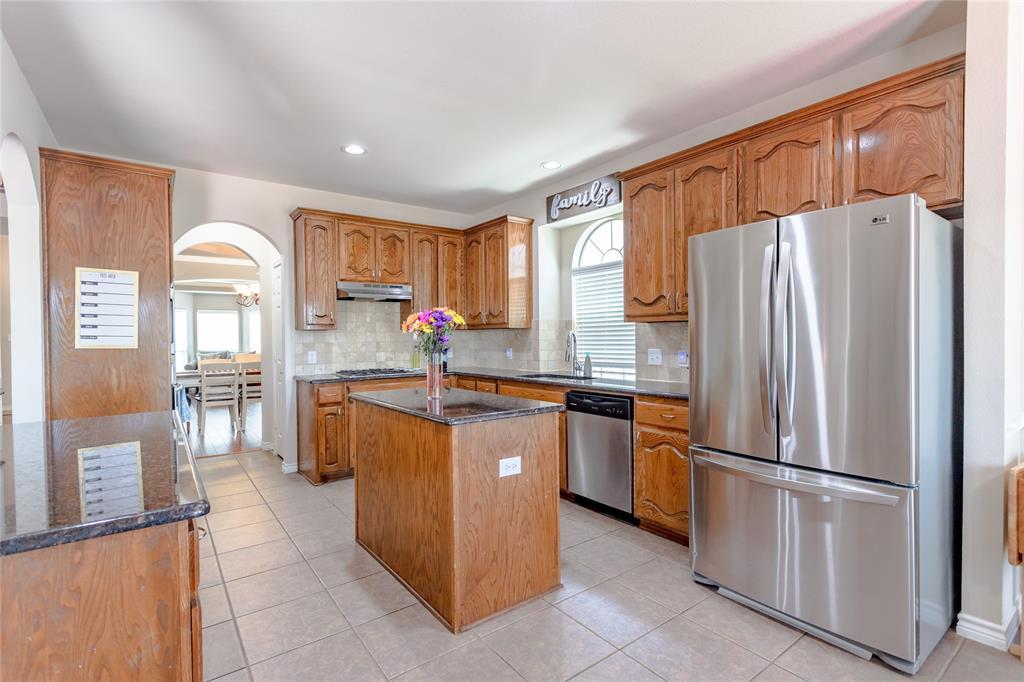 6133 Sunrise Lake  Drive, Fort Worth, Texas 76179 - acquisto real estate best allen realtor kim miller hunters creek expert