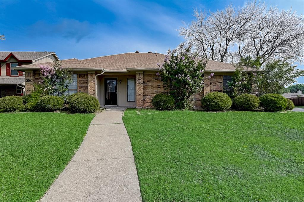 405 Kingsbridge  Court, Garland, Texas 75040 - Acquisto Real Estate best plano realtor mike Shepherd home owners association expert