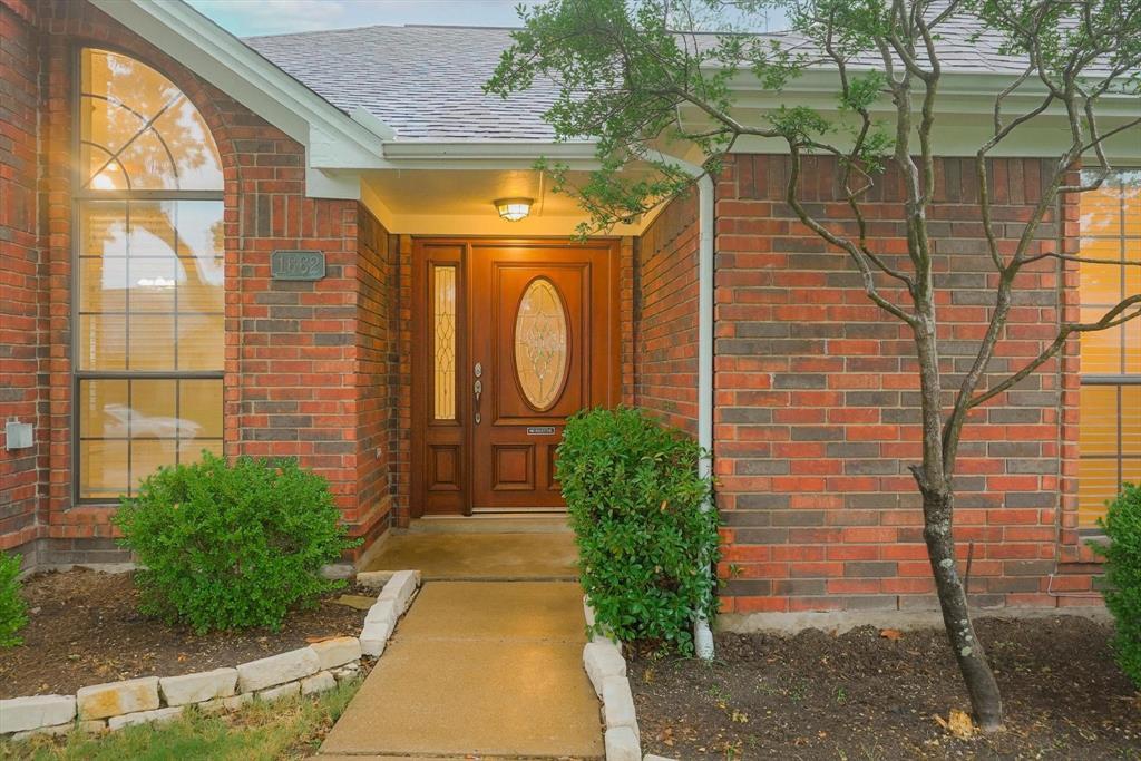 1662 Crosshaven  Drive, Lewisville, Texas 75077 - acquisto real estate best allen realtor kim miller hunters creek expert