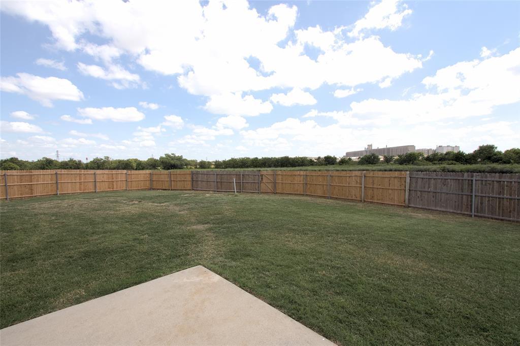 621 Sparrow  Drive, Saginaw, Texas 76131 - acquisto real estate nicest realtor in america shana acquisto