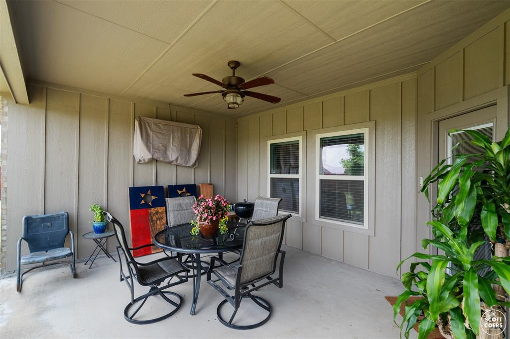 1504 Southgate  Drive, Brownwood, Texas 76801 - acquisto real estate best park cities realtor kim miller best staging agent