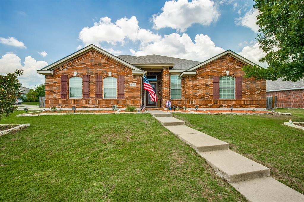 2100 Songbird  Drive, Forney, Texas 75126 - Acquisto Real Estate best plano realtor mike Shepherd home owners association expert