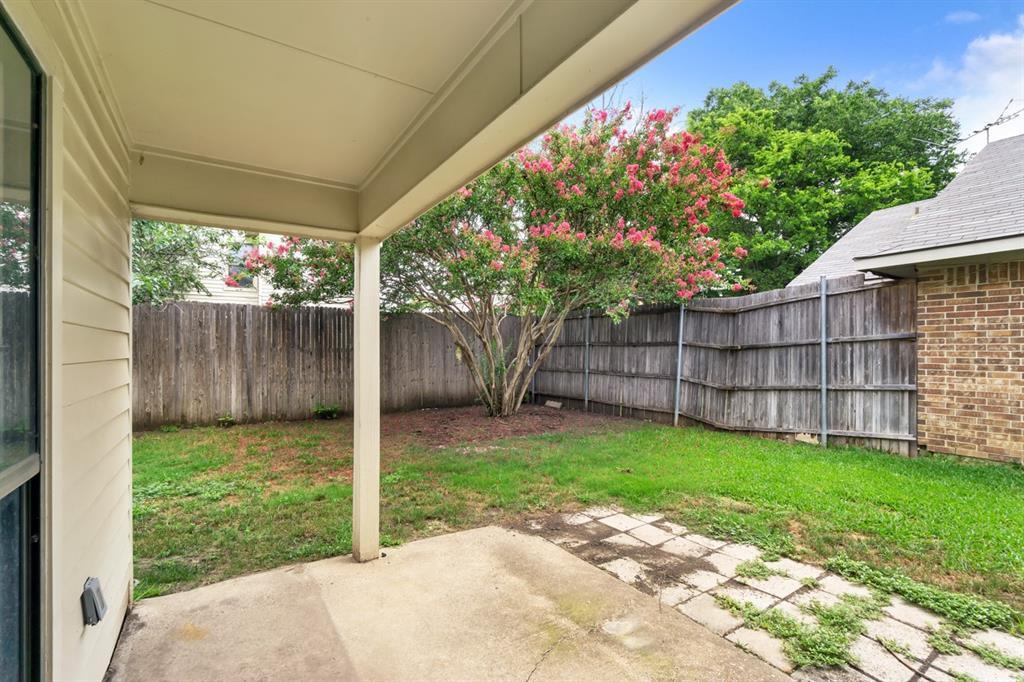 2113 Avignon  Drive, Carrollton, Texas 75007 - acquisto real estate best realtor dallas texas linda miller agent for cultural buyers
