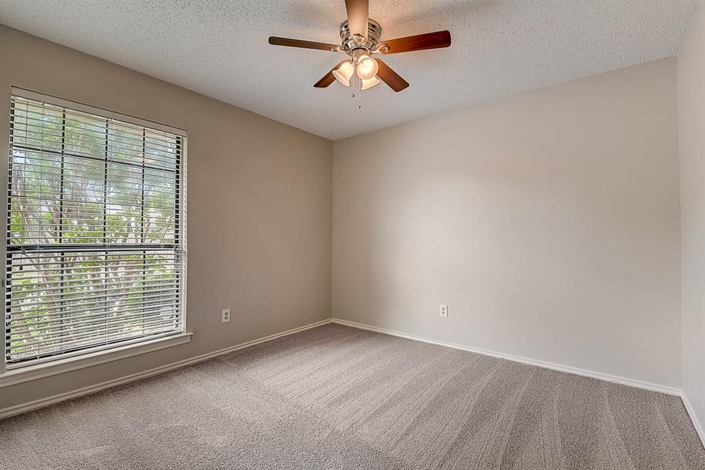 405 Kingsbridge  Court, Garland, Texas 75040 - acquisto real estate best realtor dfw jody daley liberty high school realtor