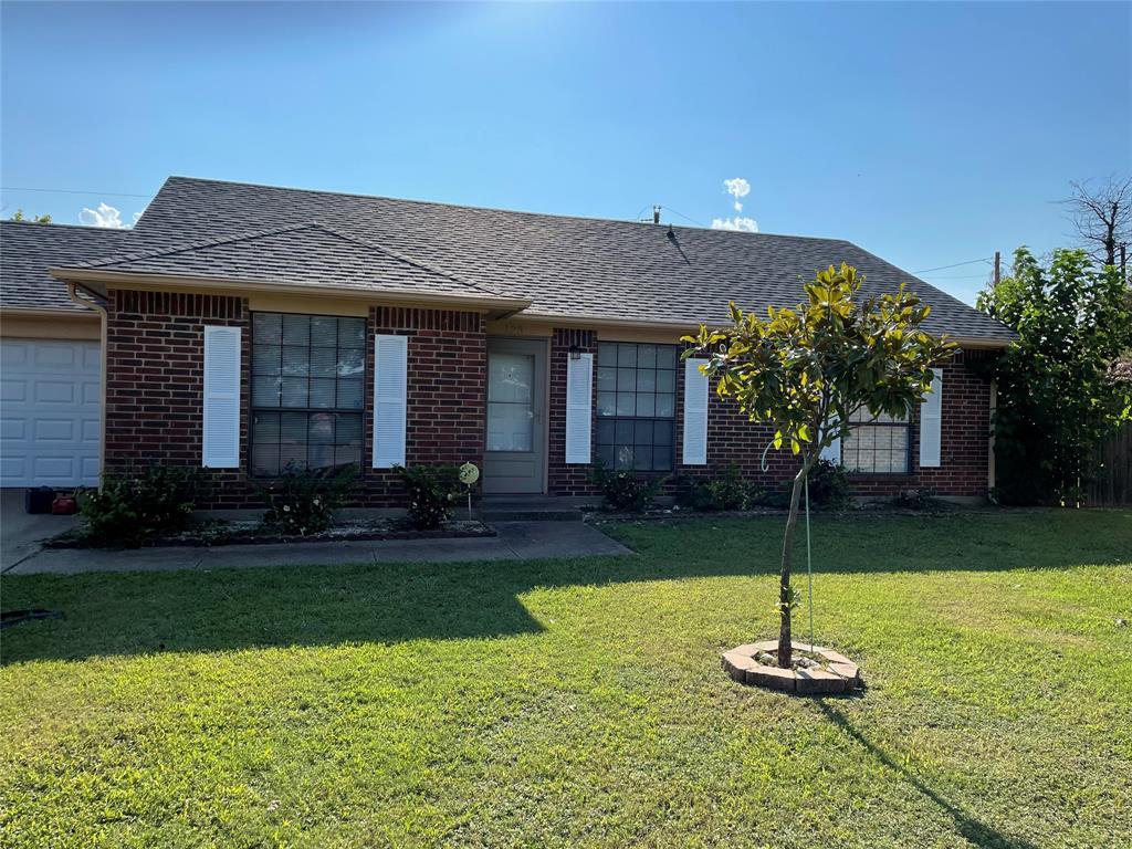 123 Brisbane  Court, Glenn Heights, Texas 75154 - Acquisto Real Estate best plano realtor mike Shepherd home owners association expert
