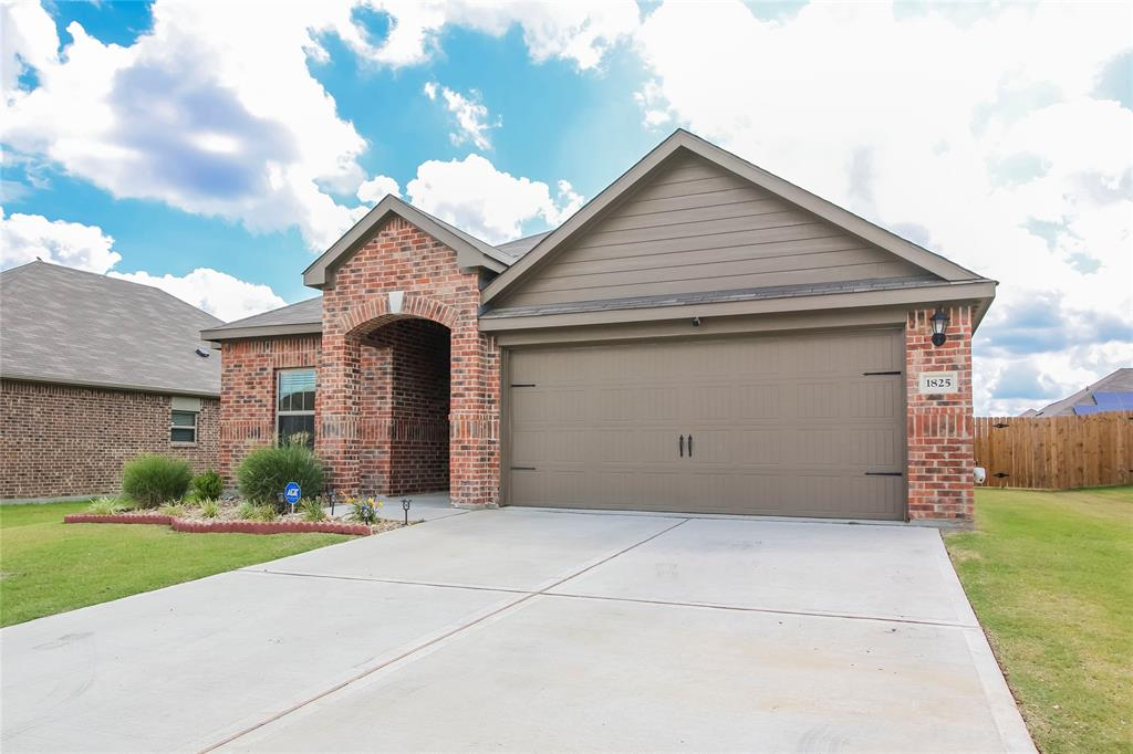1825 Rialto  Lane, Crowley, Texas 76036 - Acquisto Real Estate best mckinney realtor hannah ewing stonebridge ranch expert