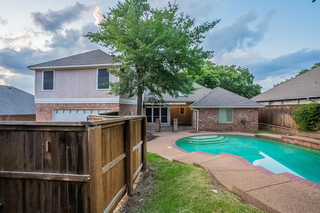 6710 Landover Hills  Lane, Arlington, Texas 76017 - acquisto real estate best looking realtor in america shana acquisto