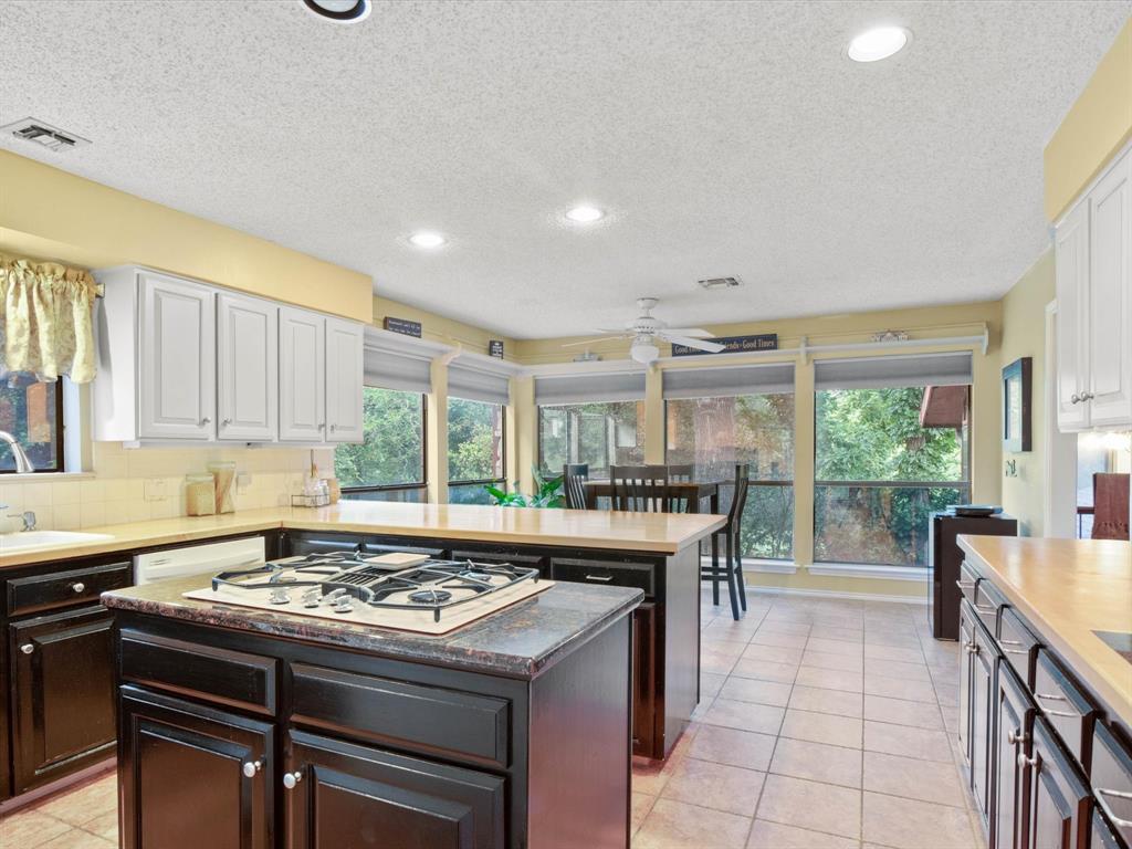 505 Oak Hollow  Lane, Fort Worth, Texas 76112 - acquisto real estate best celina realtor logan lawrence best dressed realtor