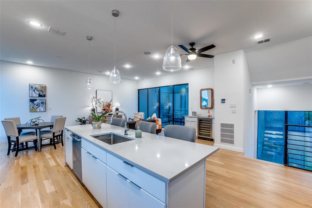 4828 Caxton  Court, Dallas, Texas 75204 - acquisto real estate best designer and realtor hannah ewing kind realtor