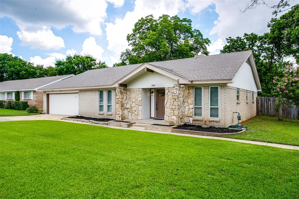 2108 Stonegate  Drive, Bedford, Texas 76021 - Acquisto Real Estate best plano realtor mike Shepherd home owners association expert