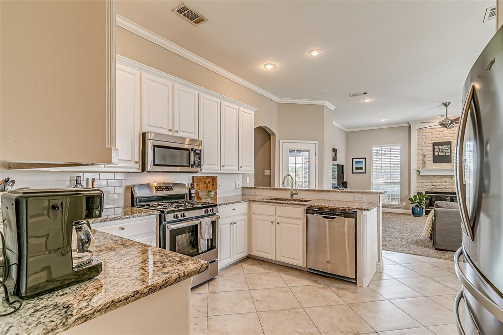 7308 Spring Oak  Drive, North Richland Hills, Texas 76182 - acquisto real estate best listing listing agent in texas shana acquisto rich person realtor