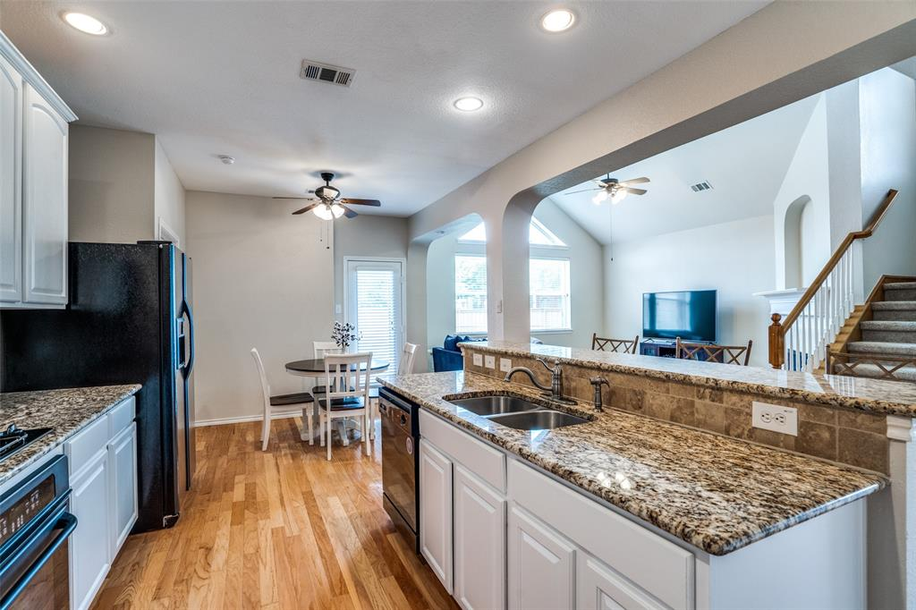 8310 Brightside  Lane, Frisco, Texas 75035 - acquisto real estate best style realtor kim miller best real estate reviews dfw