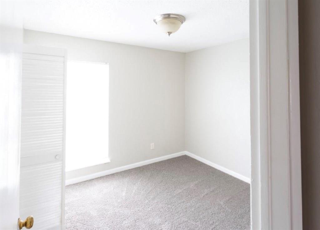 10500 Lake June  Road, Dallas, Texas 75217 - acquisto real estate best new home sales realtor linda miller executor real estate