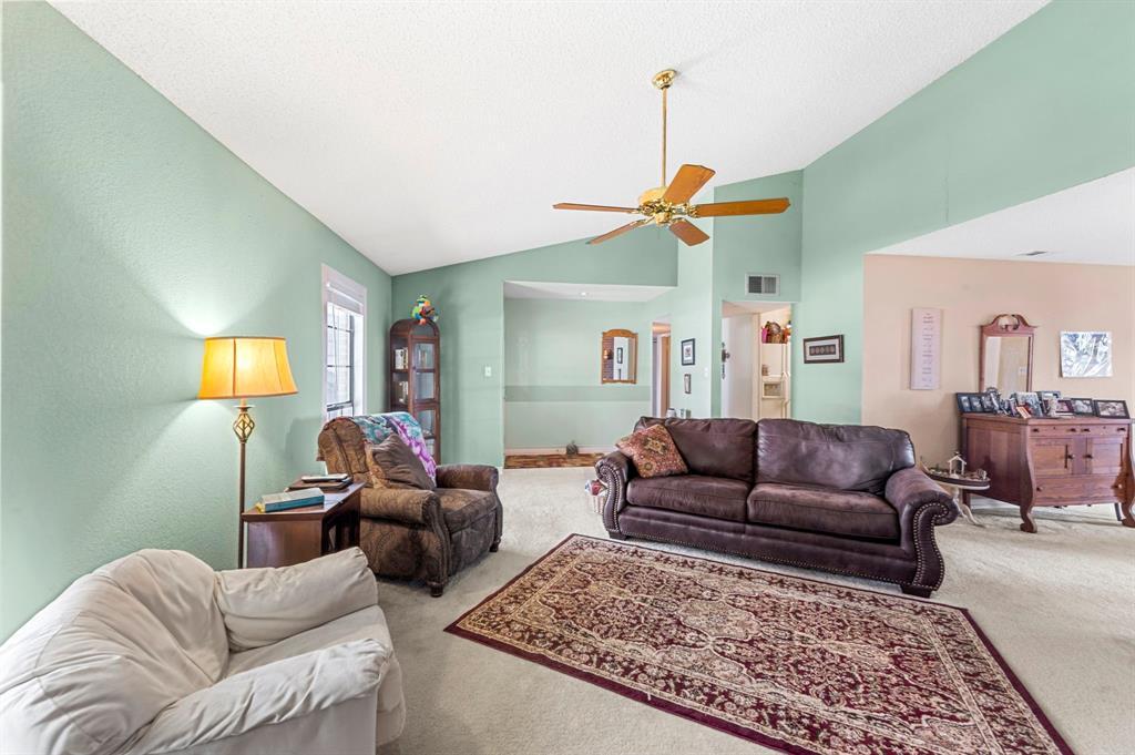 2112 Crestmeadow  Street, Denton, Texas 76207 - acquisto real estate best prosper realtor susan cancemi windfarms realtor