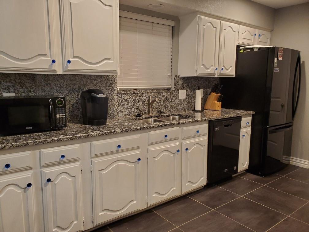 2619 Summertree  Drive, Carrollton, Texas 75006 - acquisto real estate best highland park realtor amy gasperini fast real estate service