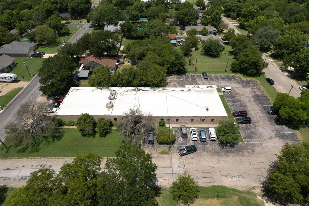 1300 Anglin  Street, Cleburne, Texas 76031 - acquisto real estate best negotiating realtor linda miller declutter realtor