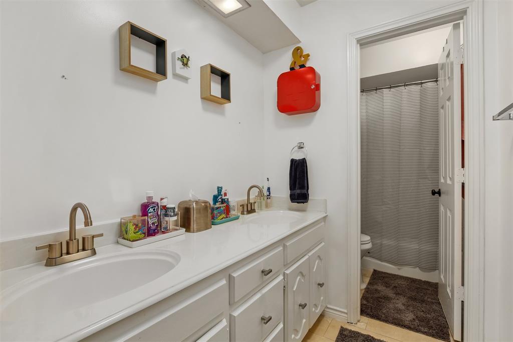 6530 La Manga  Drive, Dallas, Texas 75248 - acquisto real estate best frisco real estate agent amy gasperini panther creek realtor