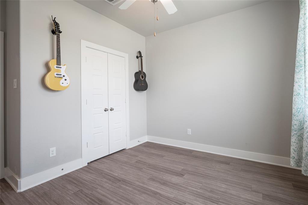 9 Bluebird  Lane, Sanger, Texas 76266 - acquisto real estate best realtor westlake susan cancemi kind realtor of the year