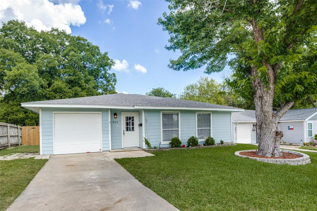 405 Benge  Street, McKinney, Texas 75069 - acquisto real estate best frisco real estate agent amy gasperini panther creek realtor