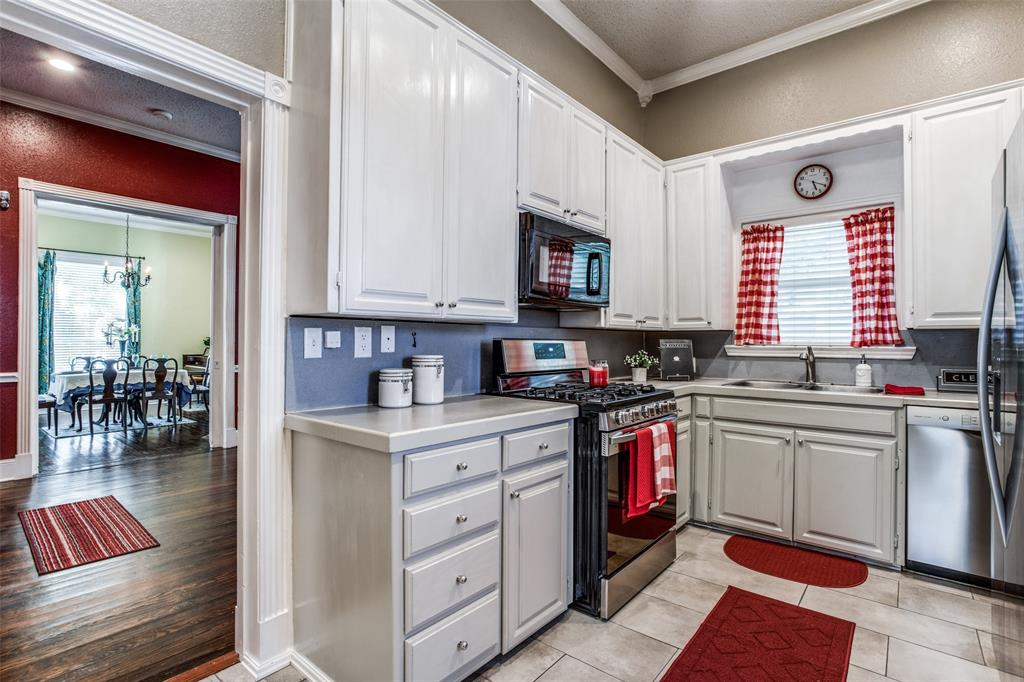 3911 Stonewall  Street, Greenville, Texas 75401 - acquisto real estate best listing listing agent in texas shana acquisto rich person realtor