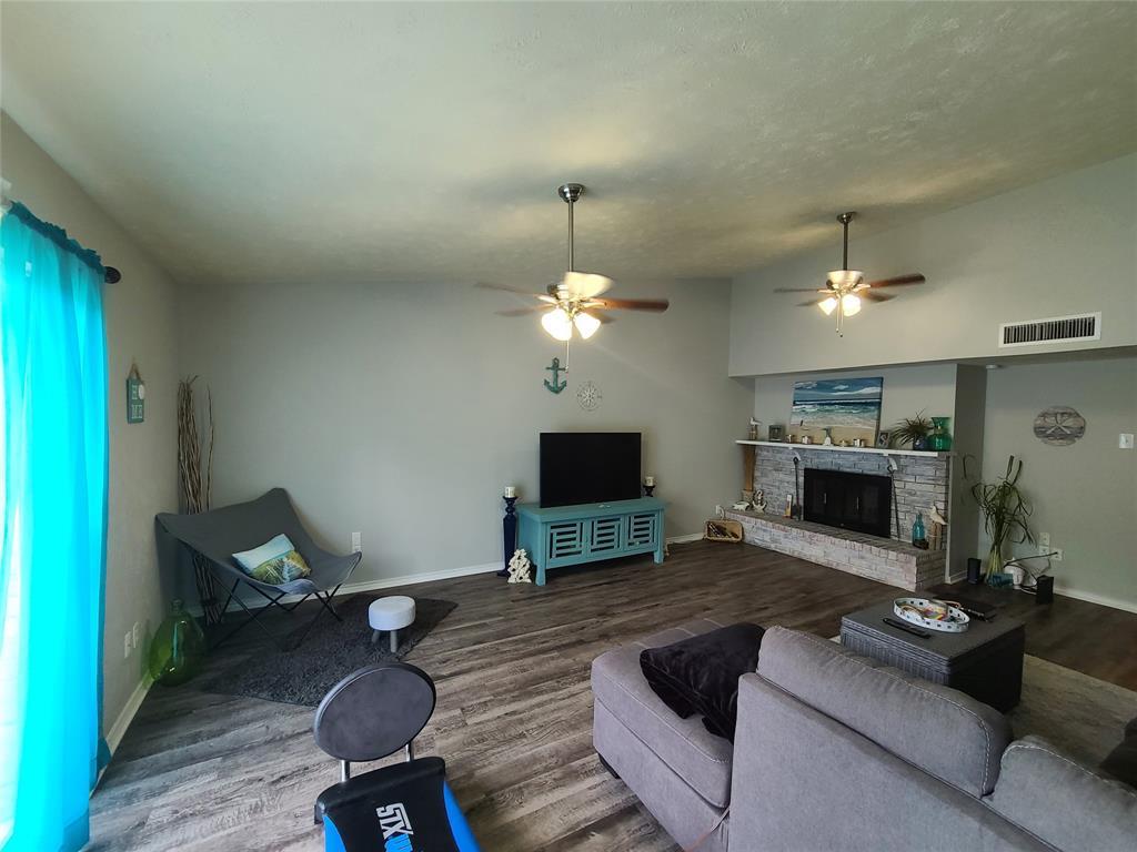 3912 Villa Downs  Drive, Plano, Texas 75023 - acquisto real estate best the colony realtor linda miller the bridges real estate