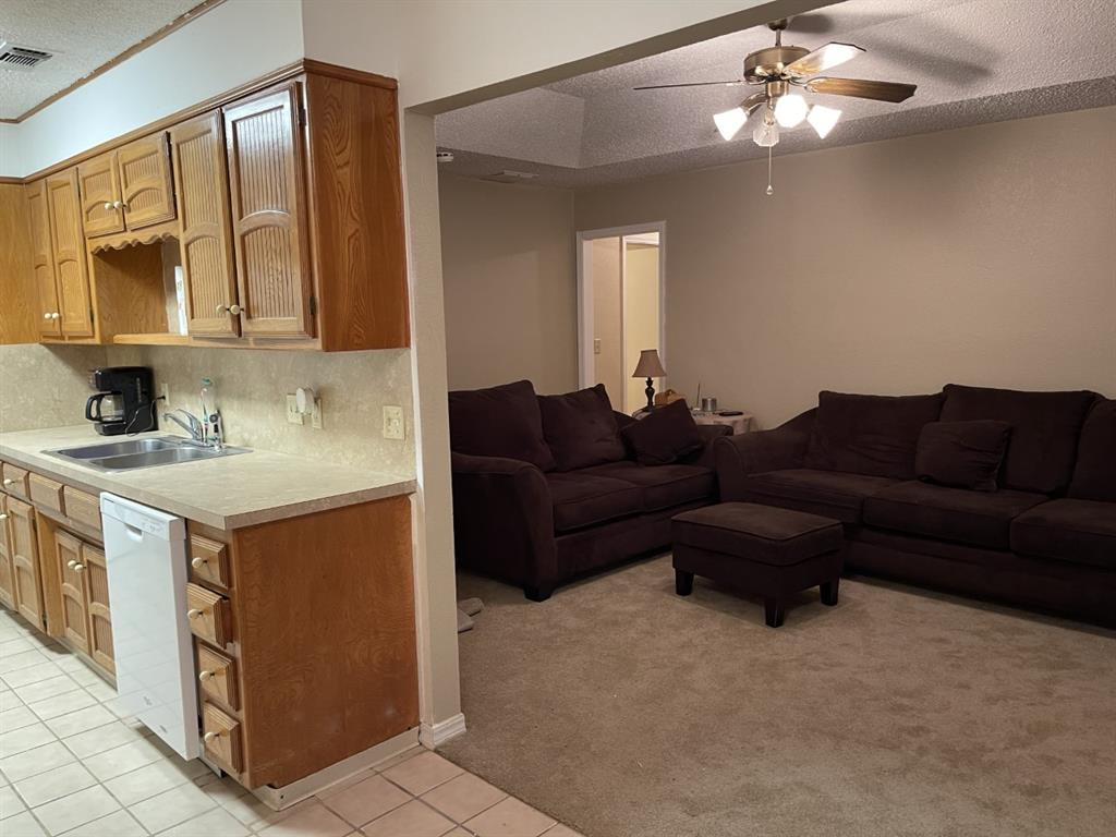 4300 Viewpark  Wichita Falls, Texas 76306 - acquisto real estate best celina realtor logan lawrence best dressed realtor
