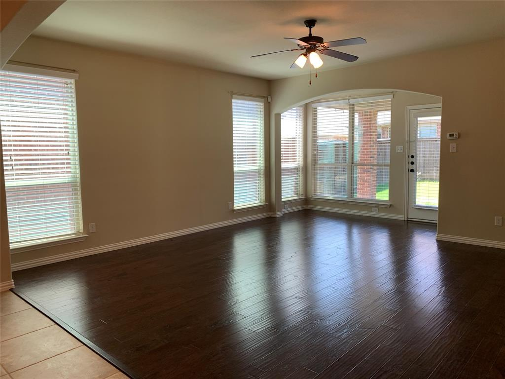 424 Spring Creek  Drive, Argyle, Texas 76226 - acquisto real estate best highland park realtor amy gasperini fast real estate service