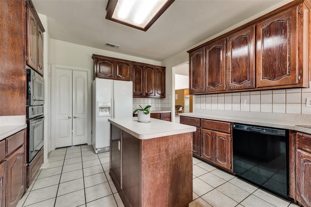 1205 Lone Star  Boulevard, Talty, Texas 75160 - acquisto real estate best listing agent in the nation shana acquisto estate realtor