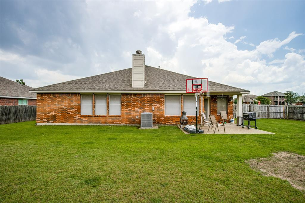 2100 Songbird  Drive, Forney, Texas 75126 - acquisto real estate best realtor dfw jody daley liberty high school realtor