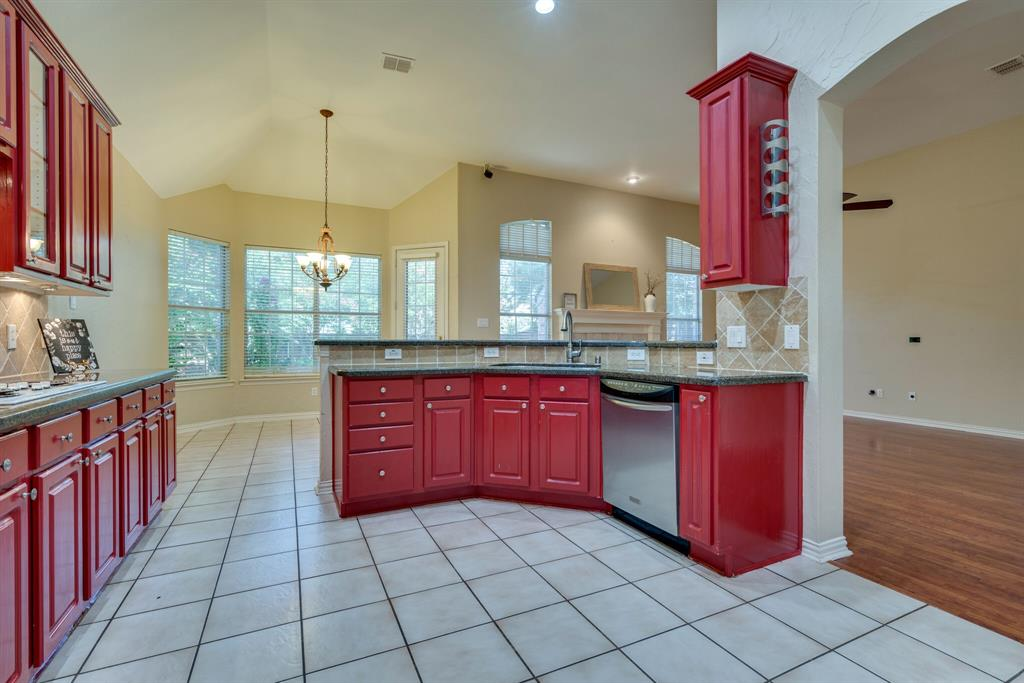 3417 Beckingham  Court, Flower Mound, Texas 75022 - acquisto real estate best photos for luxury listings amy gasperini quick sale real estate