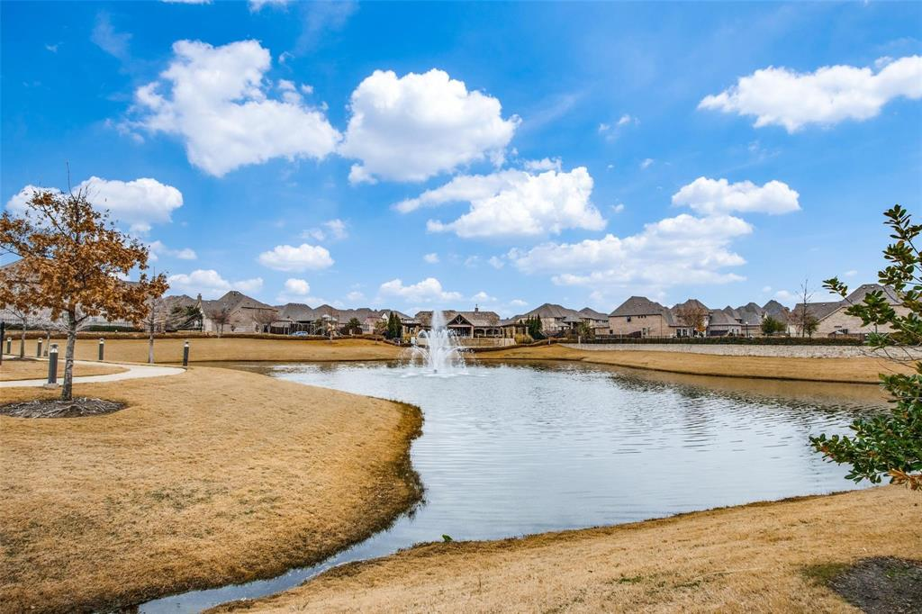 2448 Mare  Road, Carrollton, Texas 75010 - acquisto real estate agent of the year mike shepherd