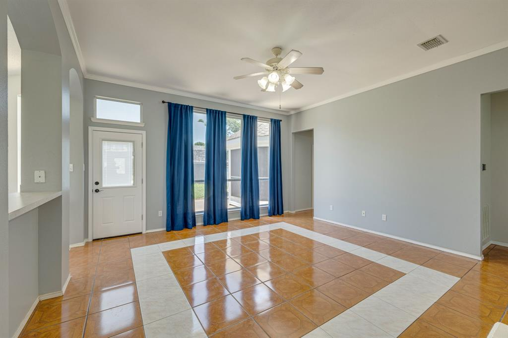 401 Watertown  Lane, Arlington, Texas 76002 - acquisto real estate best luxury buyers agent in texas shana acquisto inheritance realtor