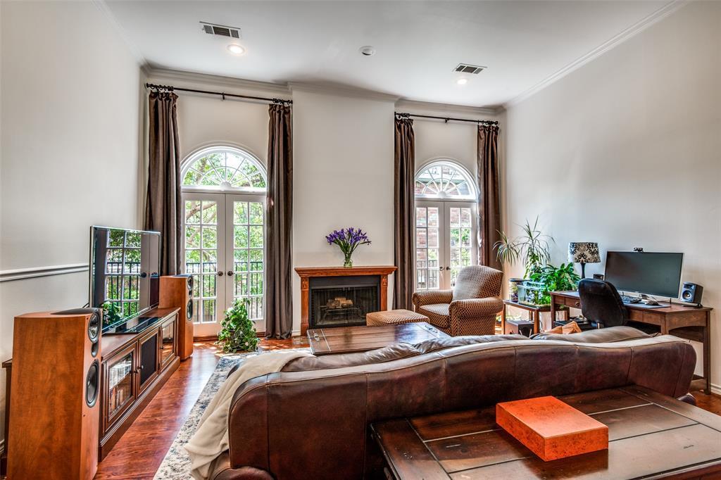 4519 Gilbert  Avenue, Dallas, Texas 75219 - acquisto real estate best luxury buyers agent in texas shana acquisto inheritance realtor