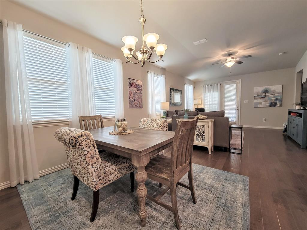 2110 Aquilla  Court, Irving, Texas 75062 - acquisto real estate best real estate company in frisco texas real estate showings