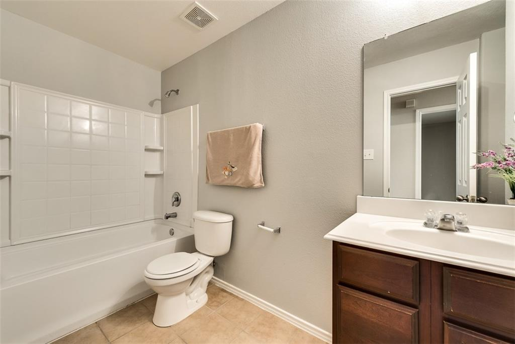 9841 Fleetwood  Drive, Frisco, Texas 75035 - acquisto real estate best photos for luxury listings amy gasperini quick sale real estate
