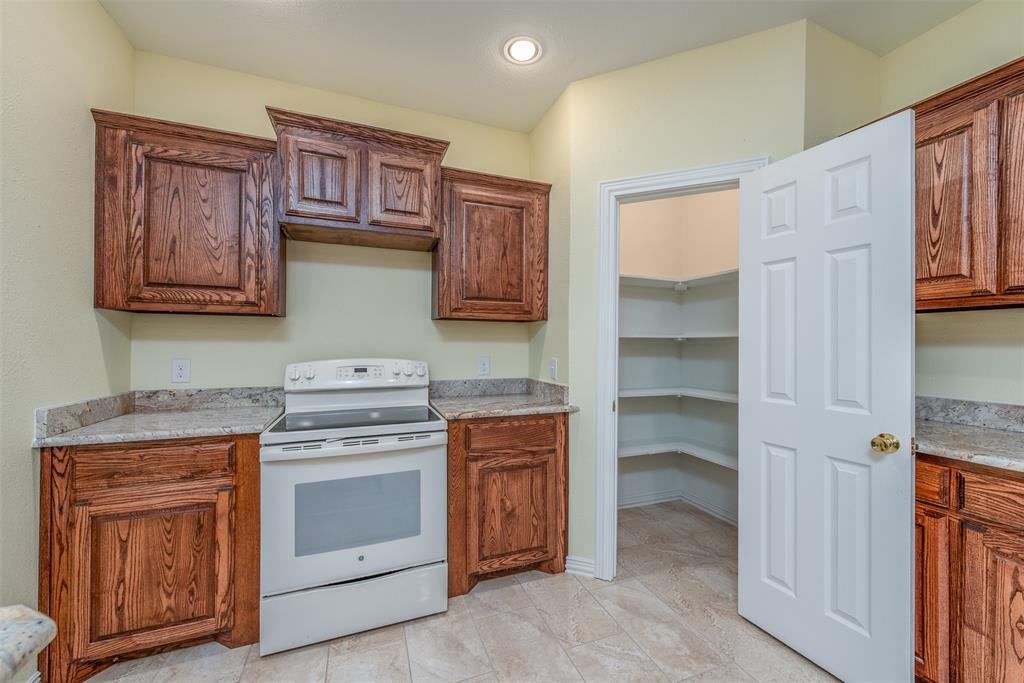 1745 Dillard  Street, Fort Worth, Texas 76105 - acquisto real estate best real estate company to work for