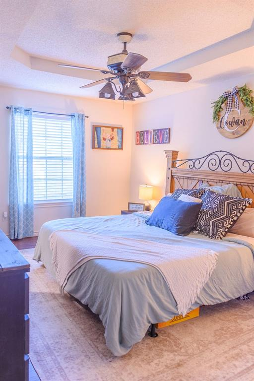 206 Hackberry  Drive, Greenville, Texas 75402 - acquisto real estate best photos for luxury listings amy gasperini quick sale real estate