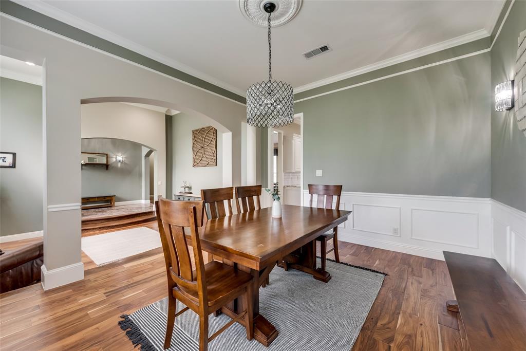 1721 Woodridge  Court, Aledo, Texas 76008 - acquisto real estate best celina realtor logan lawrence best dressed realtor
