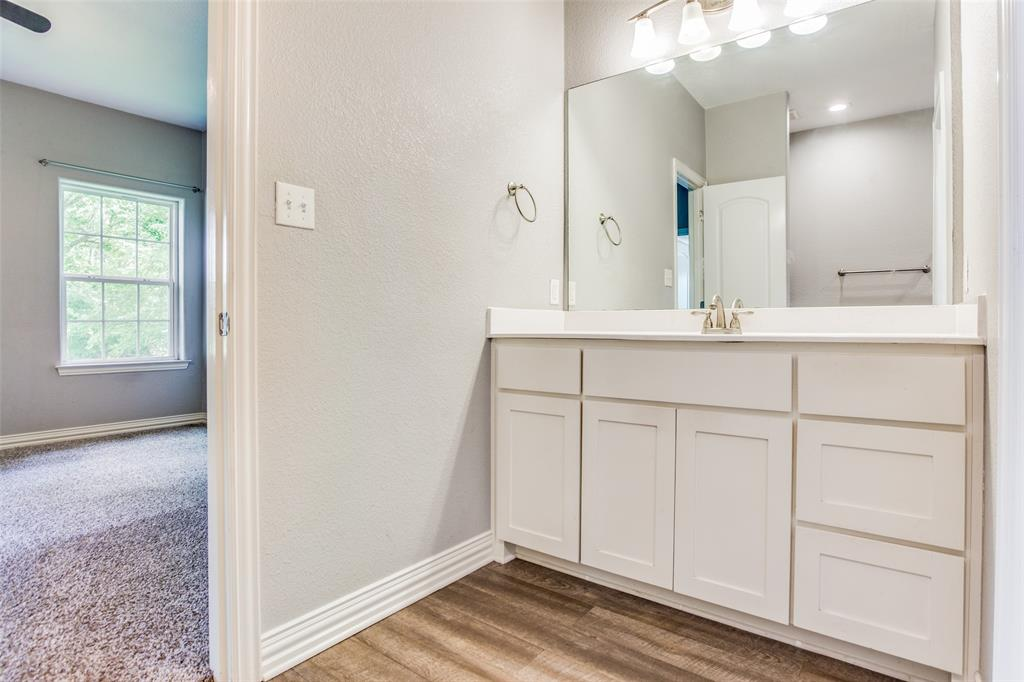 600 Johnson  Street, Denison, Texas 75020 - acquisto real estate best photos for luxury listings amy gasperini quick sale real estate