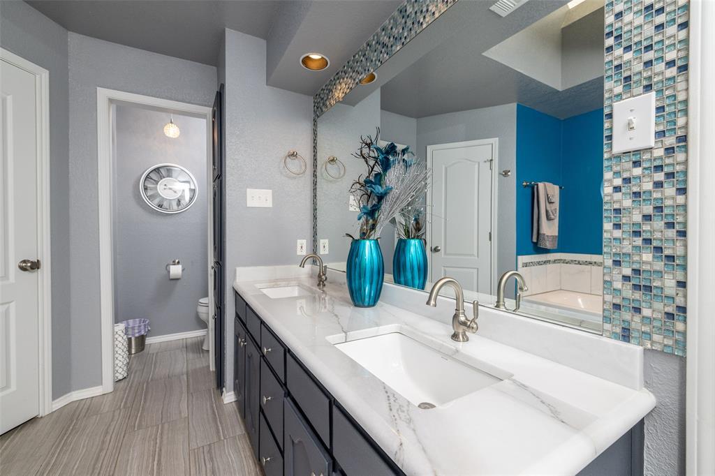 802 Glenn  Drive, Euless, Texas 76039 - acquisto real estate smartest realtor in america shana acquisto