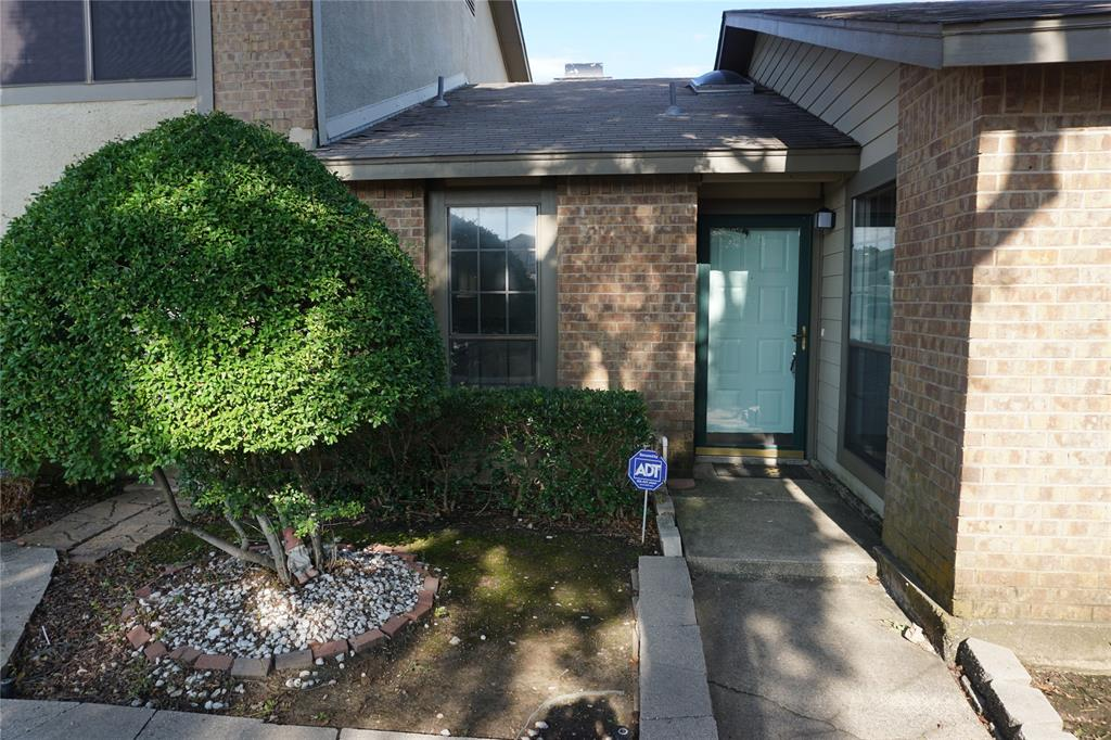 326 Harwood  Road, Hurst, Texas 76054 - Acquisto Real Estate best plano realtor mike Shepherd home owners association expert