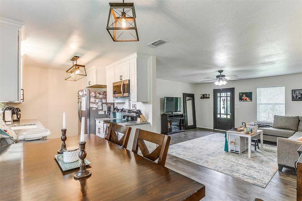 324 Howard  Road, Weatherford, Texas 76088 - acquisto real estate best designer and realtor hannah ewing kind realtor