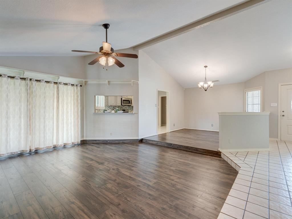 1409 Autumn Chase  Square, Bedford, Texas 76022 - acquisto real estate best celina realtor logan lawrence best dressed realtor